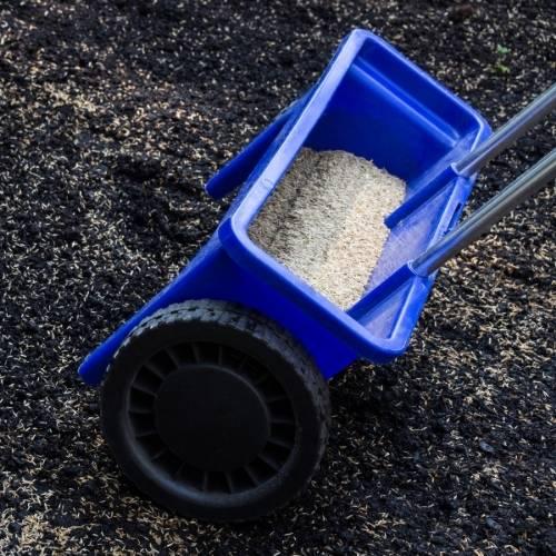 How To Fertilize Lawn In Fall - seeding lawn in September